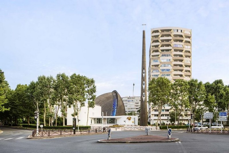 Cathedral_of_Creteil_contemporary_church
